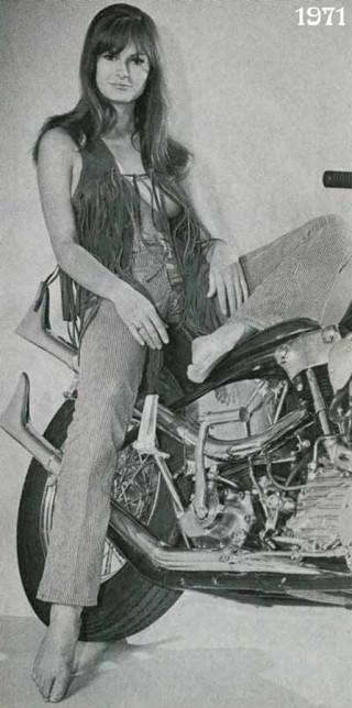 2012_Vintage_Biker_Babes_70_001_easyriders