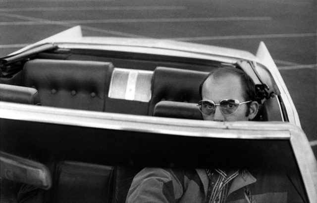 008-hunter-s-thompson-theredlist