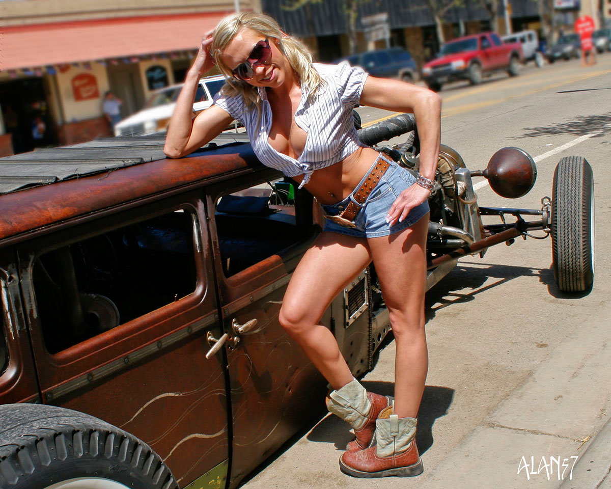 Nude girls with rat rods final