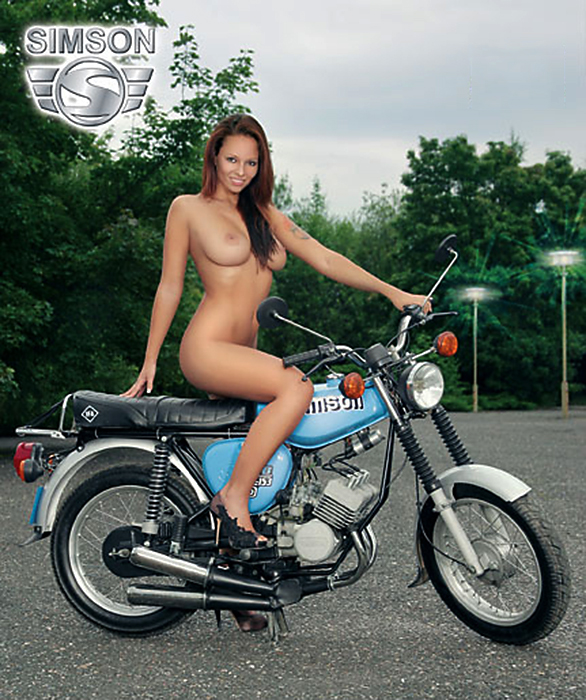 Girls yamaha motorcycle nude on