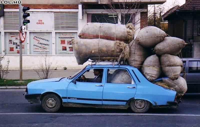 Renault 12 rat style dress